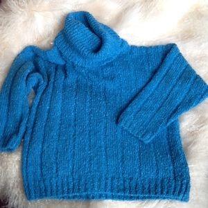 Gotham ladies sweater size M